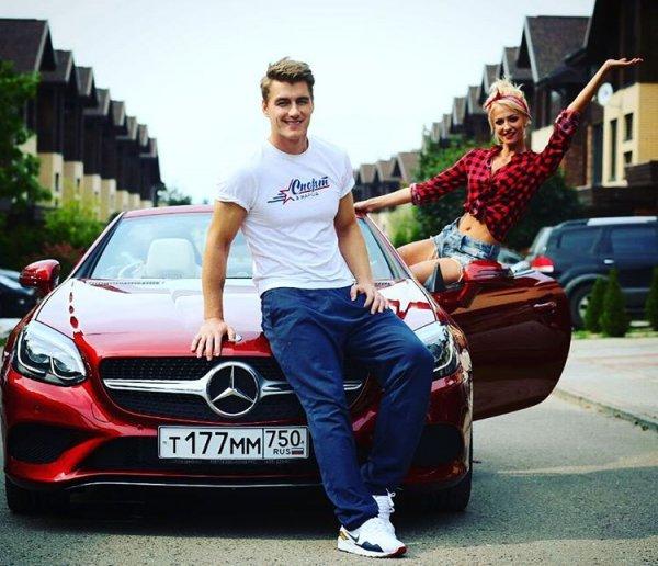Алексей Воробьев и Полина Максимова снова вместе