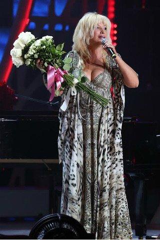 Платье аллегровой на новой волне 2016
