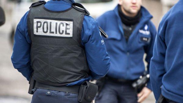 СМИ: У Собора Парижской Богоматери нашли машину с газовыми баллонами