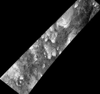 NASA опубликовало фото углеродных дюн на поверхности Титана