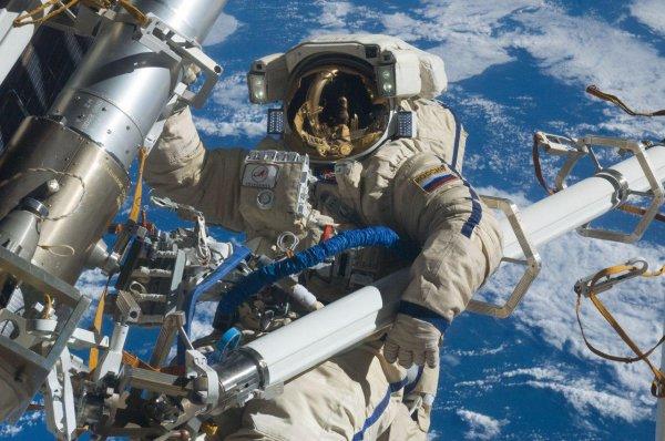 «Роскосмос» предложил создать комиссию для отбора космонавтов