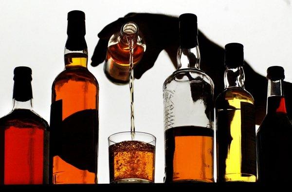 Ученые: Телевизионная реклама вызывает у подростков интерес к алкоголю