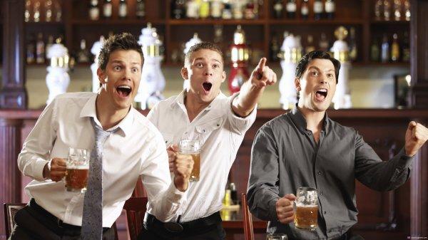 Ученые: Количество выпитого алкоголя зависит от компании