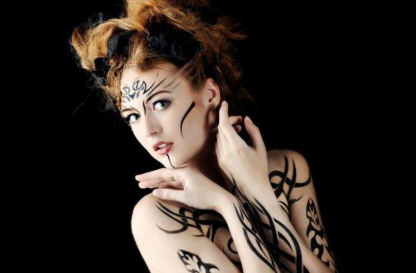 Ученые: Татуировки могут помочь в поиске работы