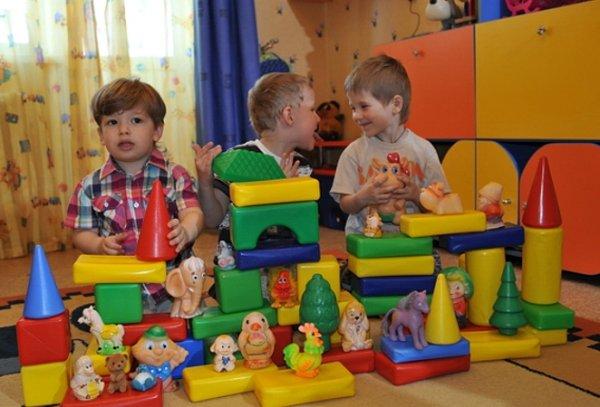 В Московской области начнут лечить детей с редкими врождёнными болезнями