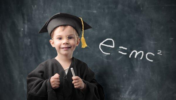 Ученые: Интеллект ребенка зависит от матери