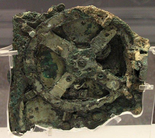 Археологи нашли скелет владельца первого античного «компьютера»