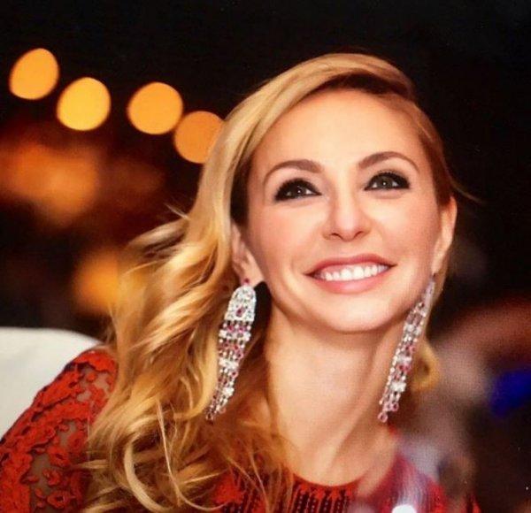 Татьяна Навка показала фото младшей дочери в образе балерины