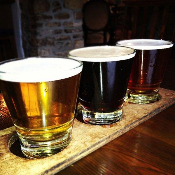 Ученые рассказали, почему алкоголь помогает снять стресс