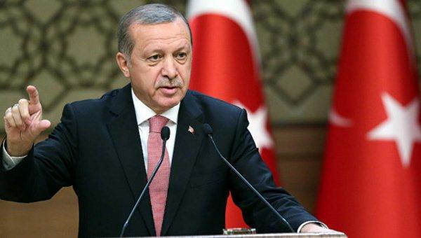 Эрдоган выступил с резкой критикой политики США в Сирии