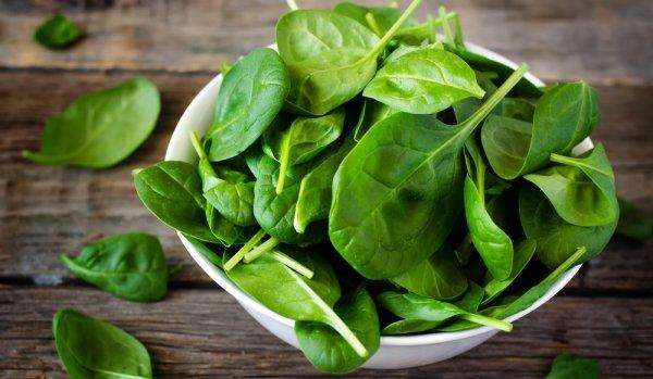 Ученые: шпинат очень помогает справляться с физическими нагрузками