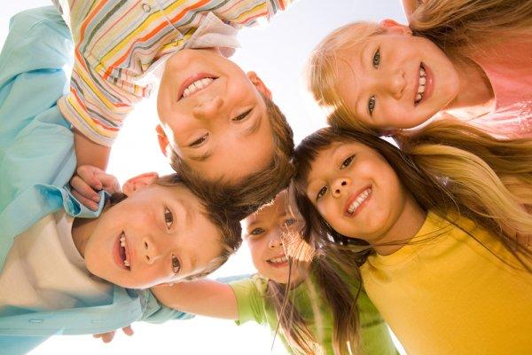 Ученые: Физически активные дети лучше адаптируются в социуме