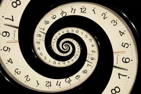 Ученые выяснили причины движения времени вперед