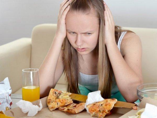 Ученые: Из-за стресса любовника партнер может набирать вес