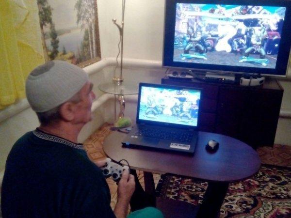 В Уфе 80-летний пенсионер готовится к чемпионату по Mortal Kombat