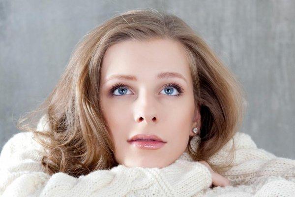 Актриса «Папиных дочек» Елизавета Арзамасова показала стройное тело
