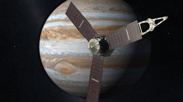 NASA: Зонд Juno вышел из режима сна и двигается к Юпитеру