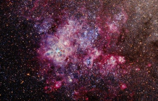 Старейшее скопление звезд в туманности Тарантул оказалось старше, чем считалось ранее