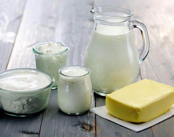 Ученые: Молоко не несет пользы организму при простуде