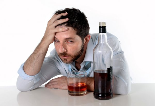 """Ученые рассказали о влиянии """"подросткового"""" алкоголизма на дальнейшую жизнь"""