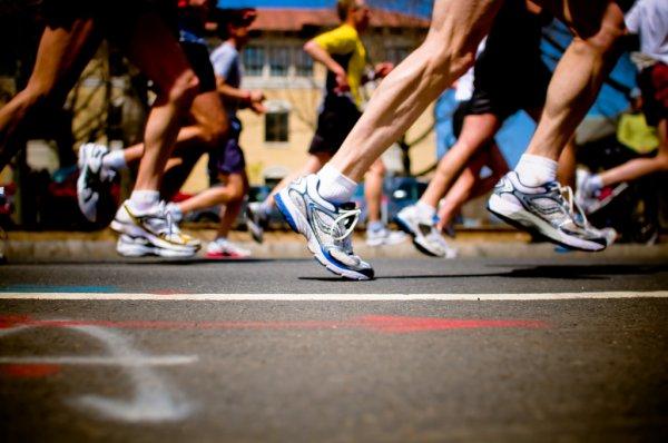 Ученые: Физкультура повышает уровень тестостерона у полных мужчин
