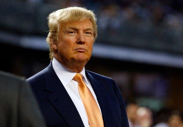 Google: Дональд Трамп лидирует в тренде