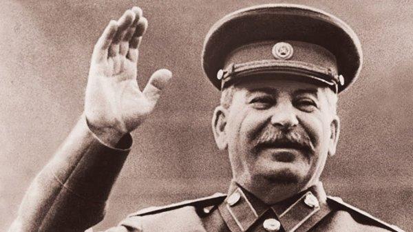 Павел Лунгин хочет снять фильм о сталинских лагерях