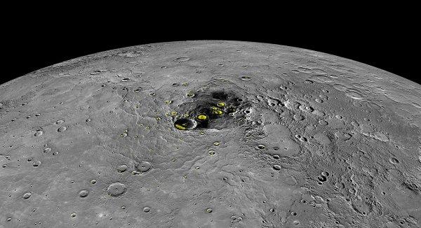 Астрономы NASA обнаружили на Меркурии огромную долину