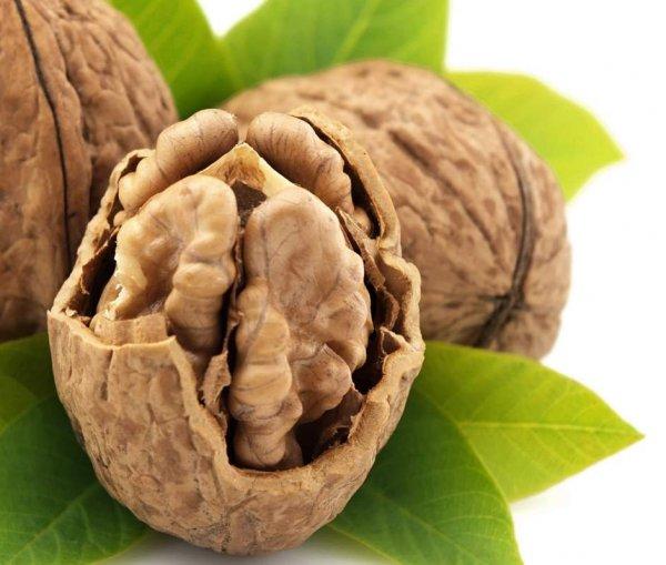 Ученые: Грецкие орехи улучшают настроение у мужчин