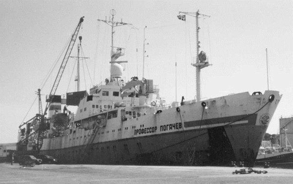 Научное судно «Профессор Логачев» протестирует новое буровое оборудование на Балтике