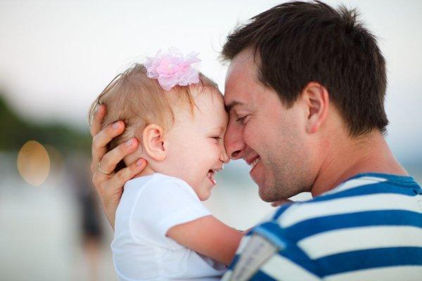 Ученые выяснили, что отношение мужчин к детям влияет на их поведение