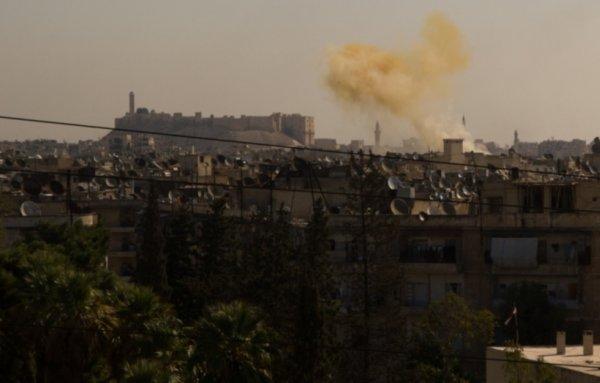 Террористы в Алеппо нанесли ракетный удар по жилому кварталу