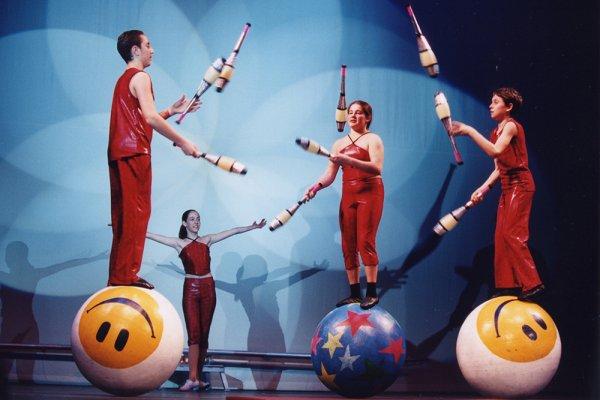 Артисты цирка Никулина завоевали золото на фестивале в Китае