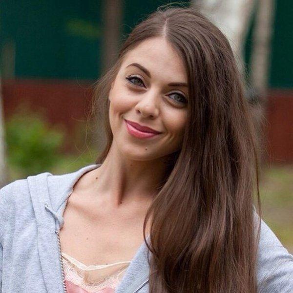 """Ольга Рапунцель из """"Дом-2"""" призналась, что ей стыдно перед матерью"""