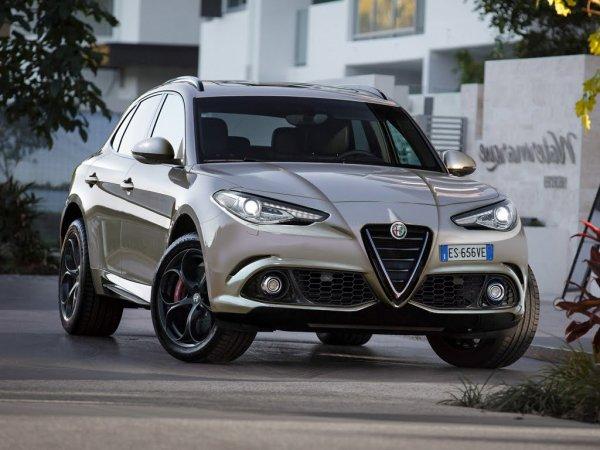 Официальные снимки Alfa Romeo Stelvio появились в сети