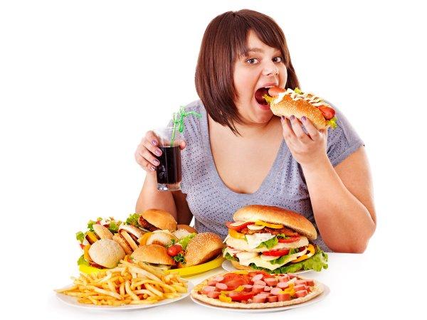 Ученые: Веб-терапия помогает справиться с перееданием