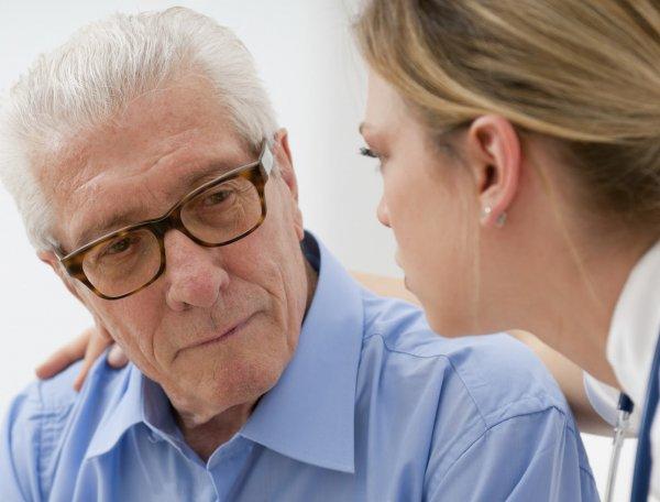Ученые: Катаракта может стать причиной депрессии у пожилых людей