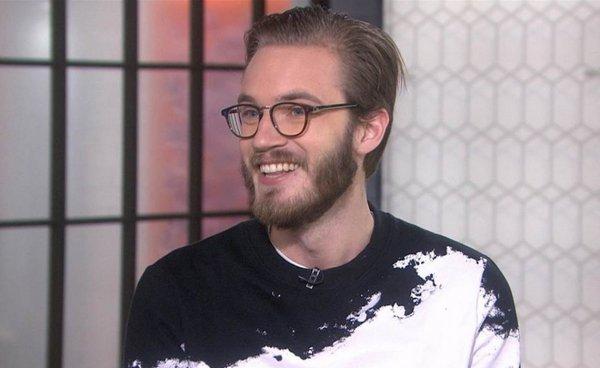 Блогер PewDiePie создаст праздничные носки к Новому году
