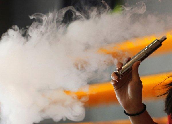 Ученые: Электронные сигареты содержат токсины