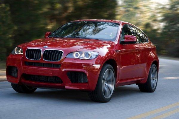 BMW в 2017 году планирует реализовать 100 тысяч электрокаров и гибридов