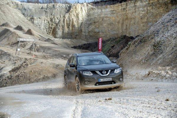 Украинские специалисты протестировали новый Nissan X-Trail 2017