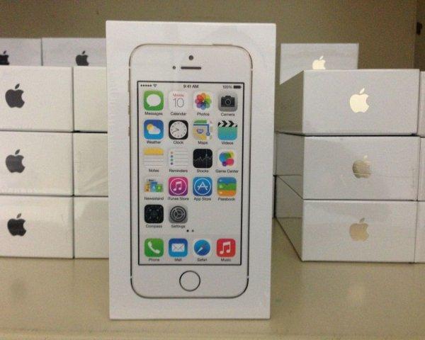 Запечатанный iPhone первого поколения появился на eBay