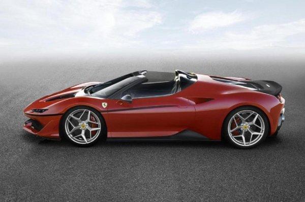 В Японии презентована лимитированная версия Ferrari J50