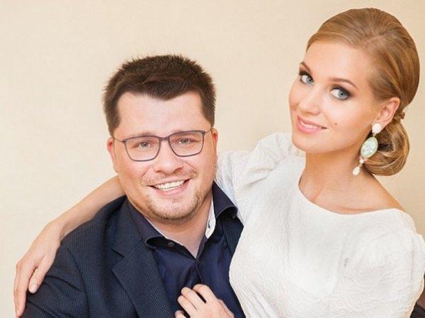 Гарик Харламов признался, что полюбил Кристину Асмус за внешность