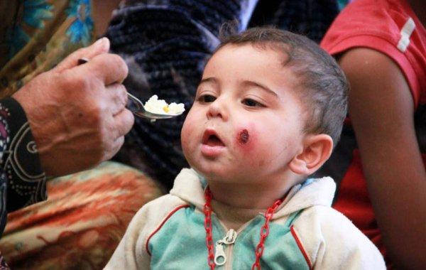 Россия предоставила сирийским детям 40 тонн подарков