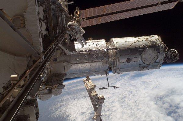 В 2018 году на МКС может появится стыковочный модуль на пять кораблей
