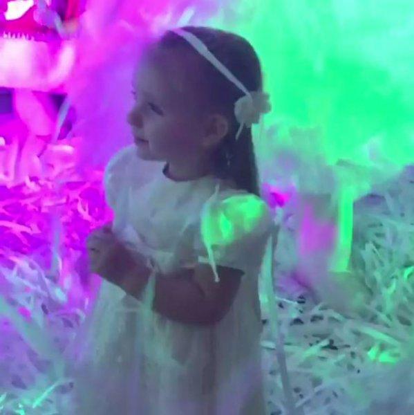 Татьяна Навка устроила дочери Новый год