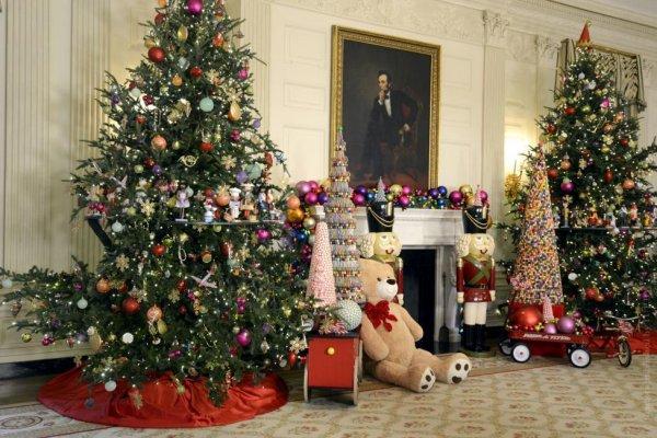 Американцы покупают елки на сумму, превышающую миллиард долларов