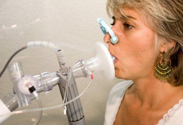 Уникальный прибор выявляет 17 заболеваний в выдыхаемом воздухе - Ученые