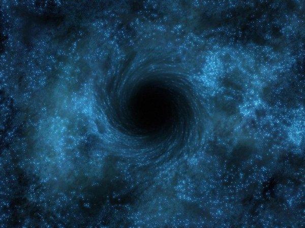 Ученые смоделировали плазму черной дыры